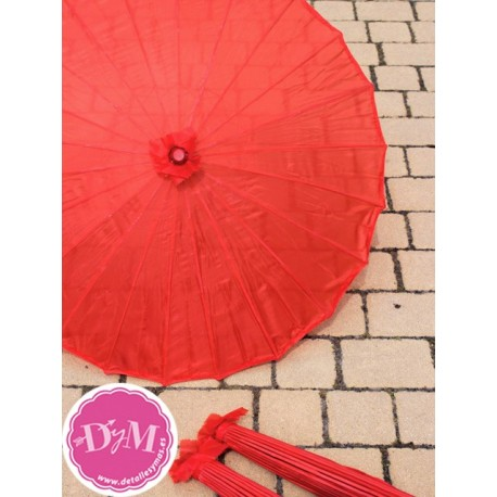 Parasol rojo de tela