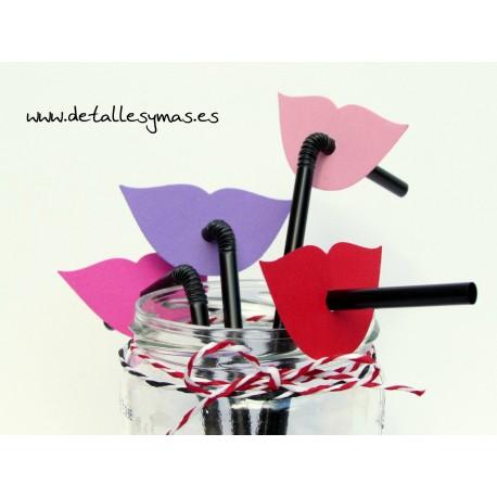 Pajitas de plástico con labios