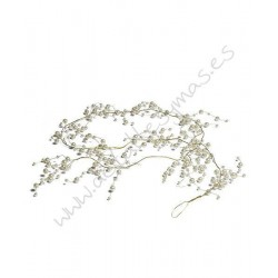 Adorno ornamental en oro y perlas