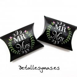 Cajitas Mr And Mrs