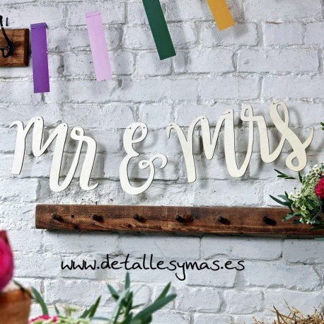 Guirnalda de madera Mr and Mrs