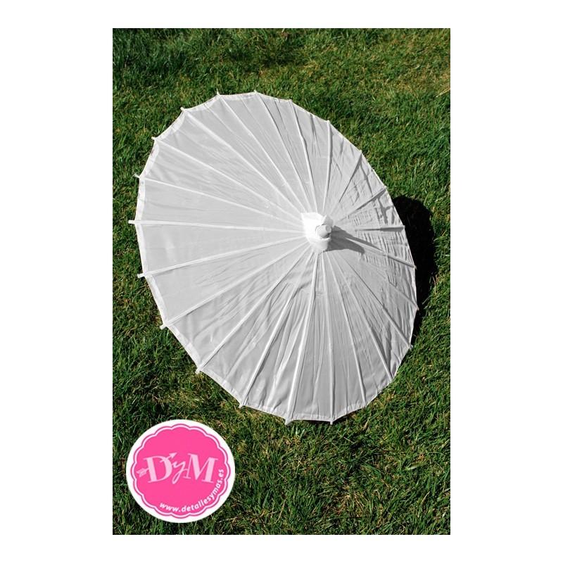 Parasoles blancos de tela for Tela para sombrillas