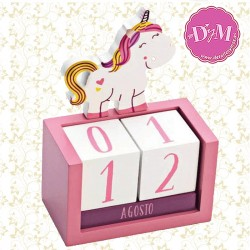 Calendario de madera unicornio