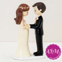 Figura boda novia embarazada