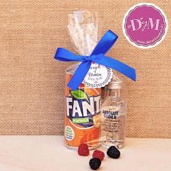 Pack de Vodka con Naranja personalizado con lazo y tarjeta