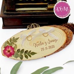 Porta anillos boda con flores prensadas