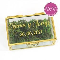 Caja porta anillos cristal con nombres