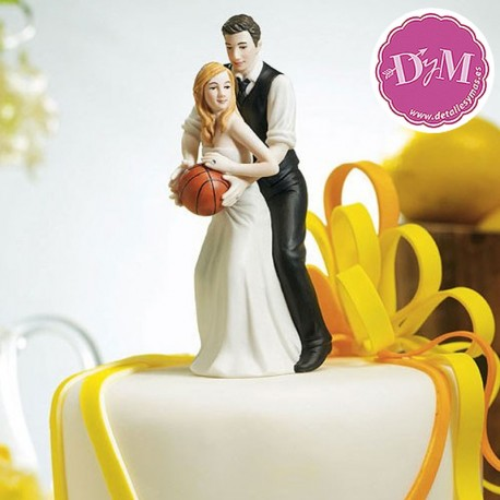 Figura de novios Basket
